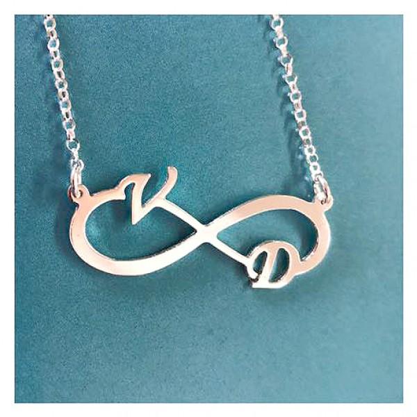 Infinity Ogrlice - beskonacnost - Srebrne ogrlice sa srebrnom pločicom simbola beskonačnosti i sa 2 SLOVA po Vašoj želji