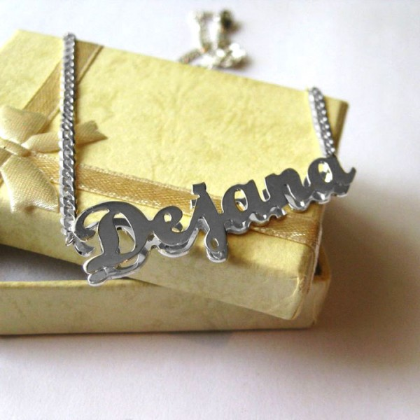 3D srebrni lančić sa imenom ©