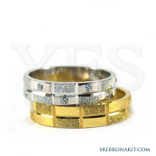 Zlatne burme - težine 7.4 grama - širine 5 mm Model:M216