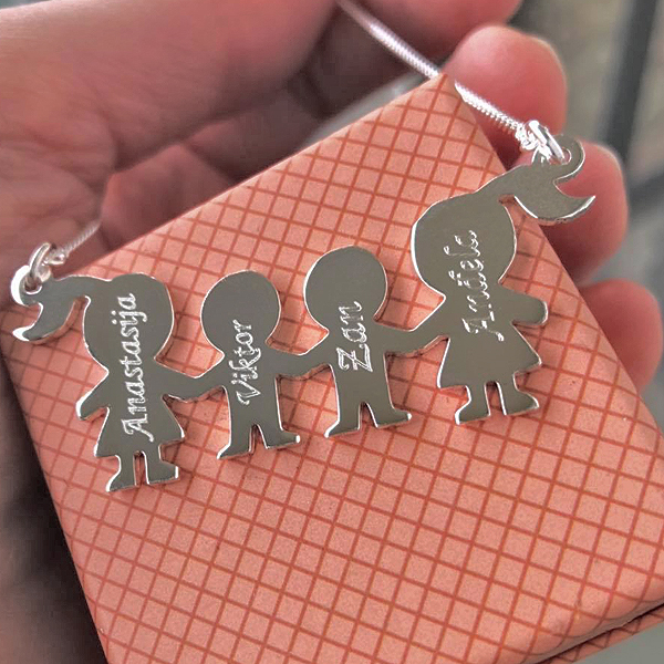 Lančić Family - Porodica - Mama, Tata, Deca (sin, ćerka) - od jedne do 6 figurica